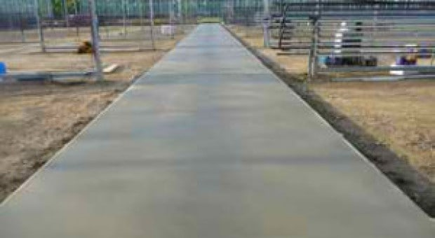 Aanleggen betonpad