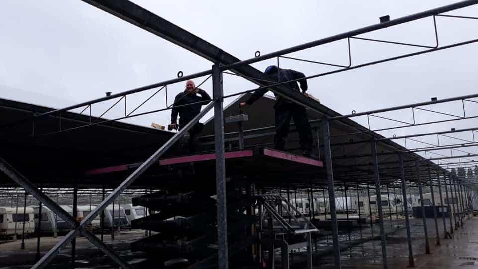 Asbest verwijderen Noord-Holland. B&H Projecten verwijderd uw asbest dak in Noord-Holland! Neem vrijblijvend contact met ons op!